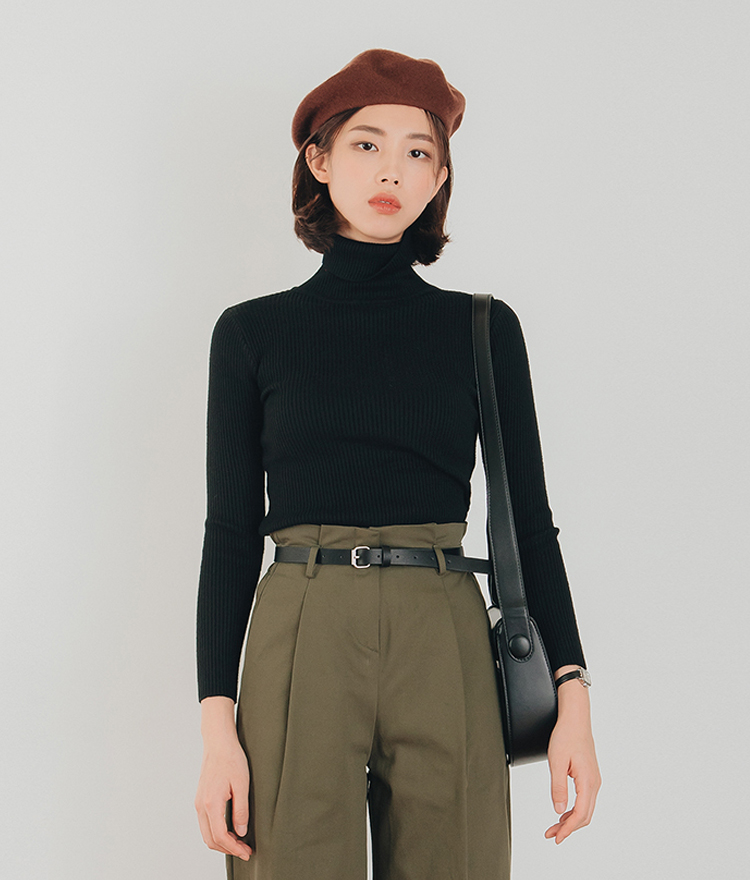 Turtleneck Slim Knit