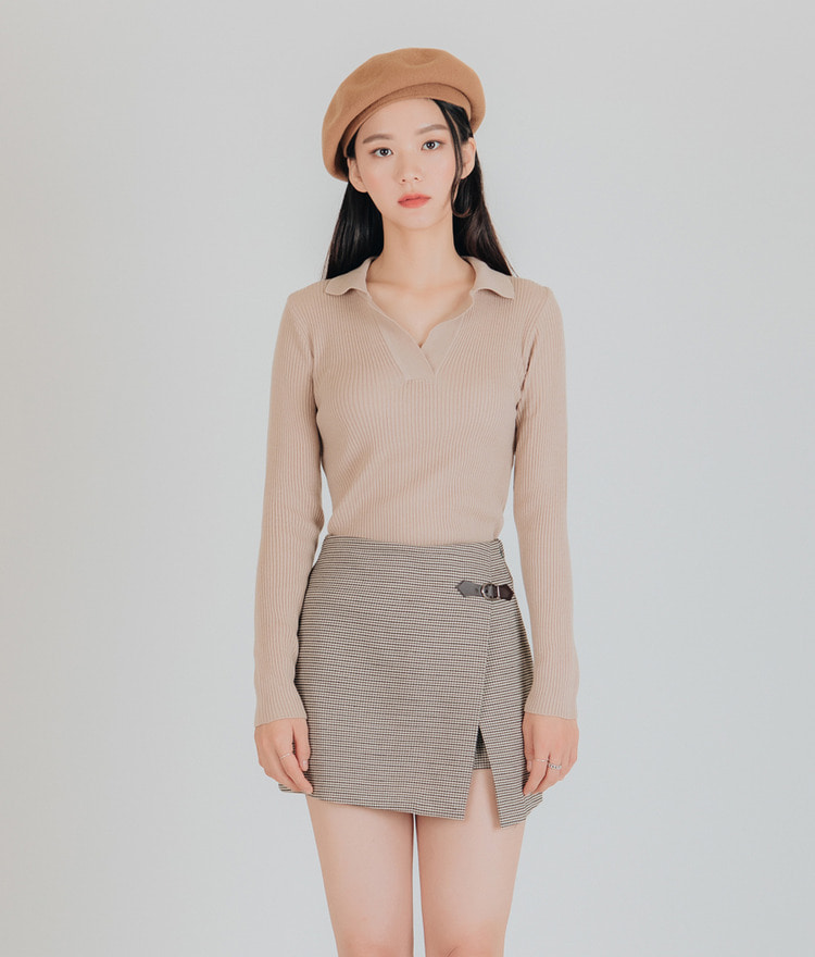 Slim Fit Collar Knit Top