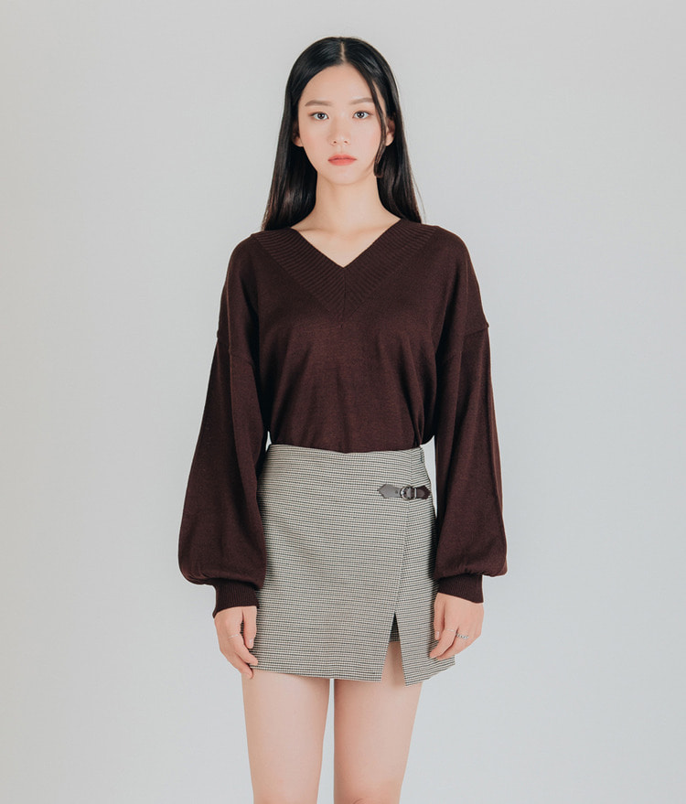 Cuffs Point Knit Top