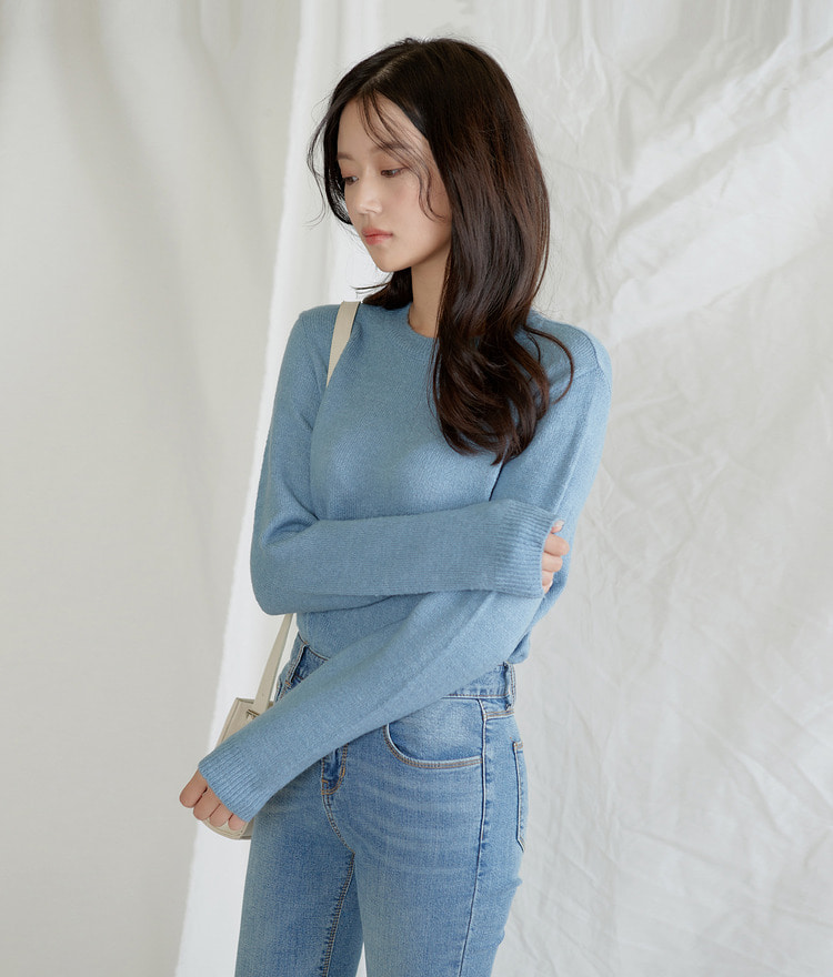 Round-neck Warm Knit Top