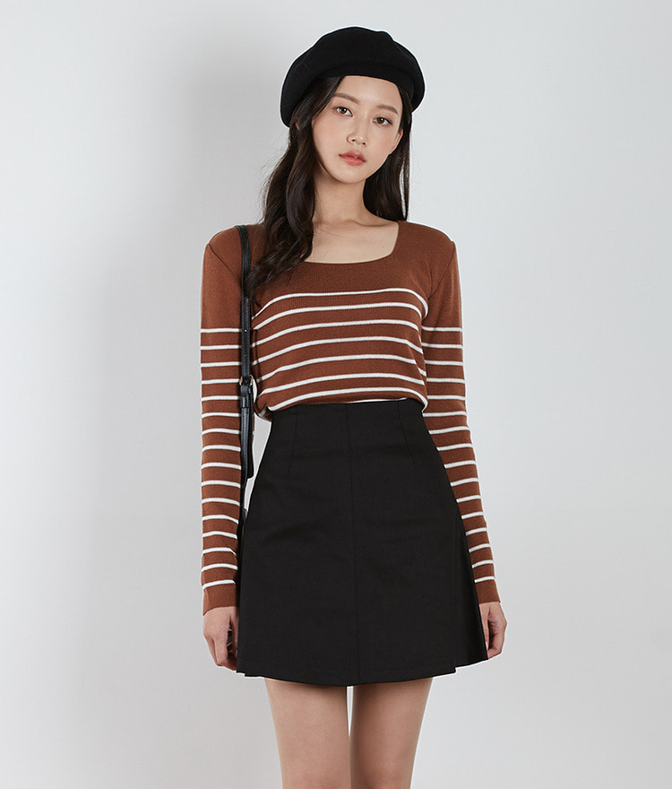 Squre Neck Stripe Knit