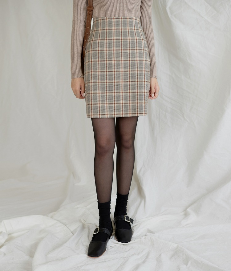 Vibe Checked Skirt