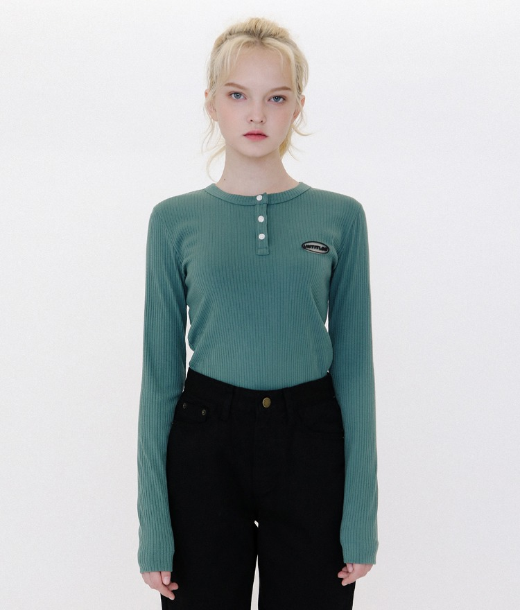 Button Henley Neck Logo Top (Green)
